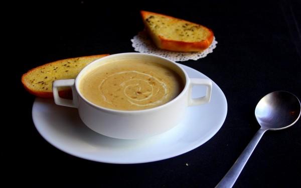 Käselauchsuppe
